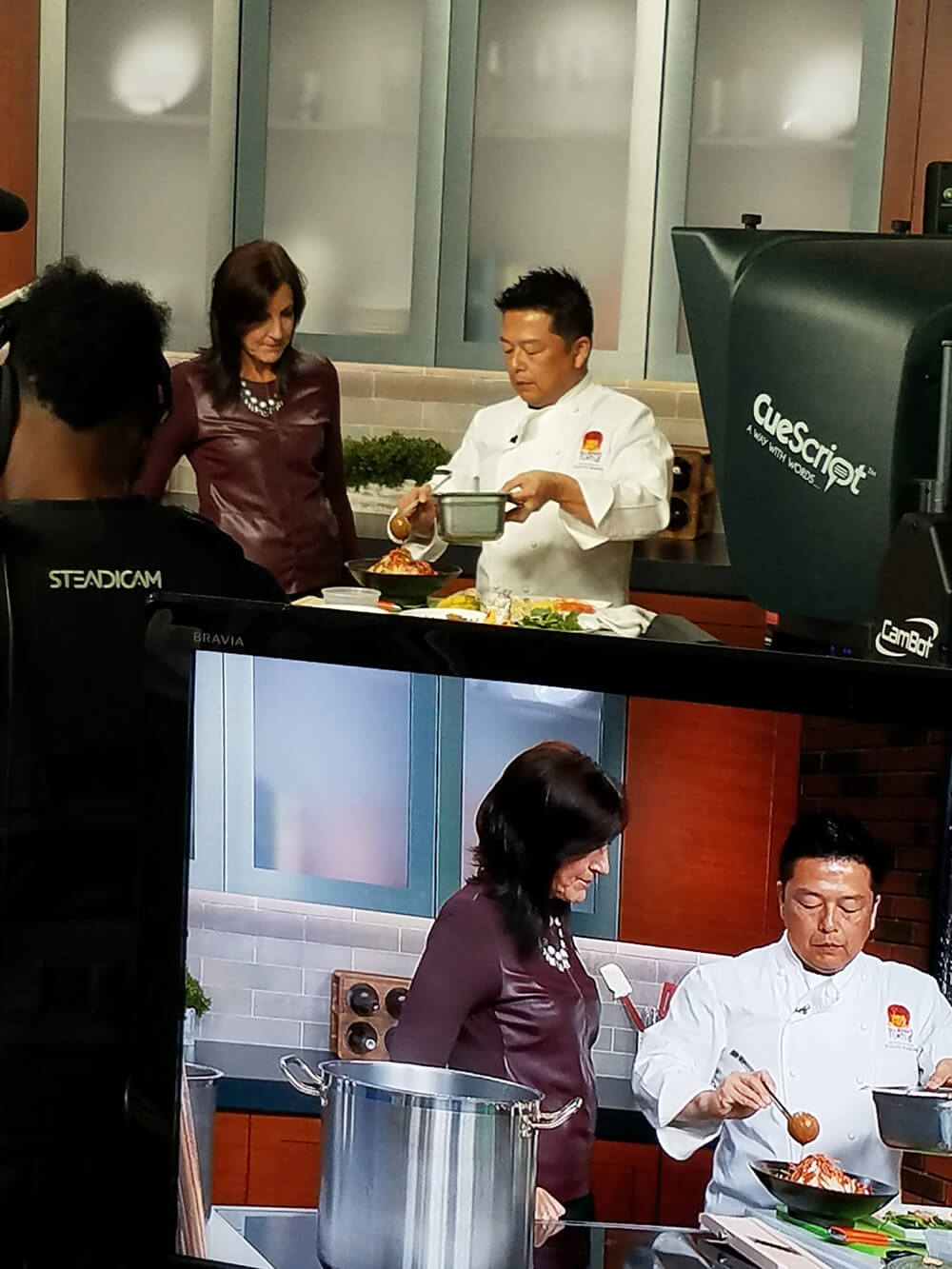 Slurping Turtle's chef Tadashi Nagura whips up ramen for WGN's Dina Bair